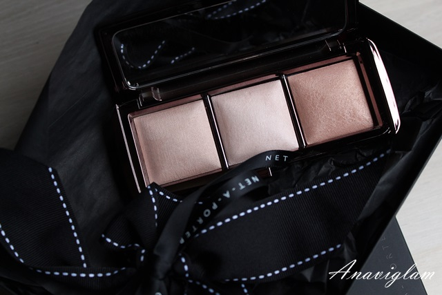 Hourglass Ambient Lightining Palette