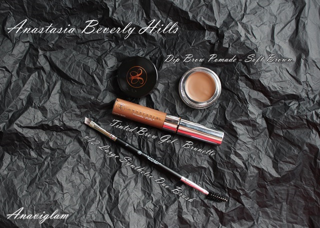 Anastasia Beverly Hills Dip Brow Pomade, Tinted Brow Gel, Brush