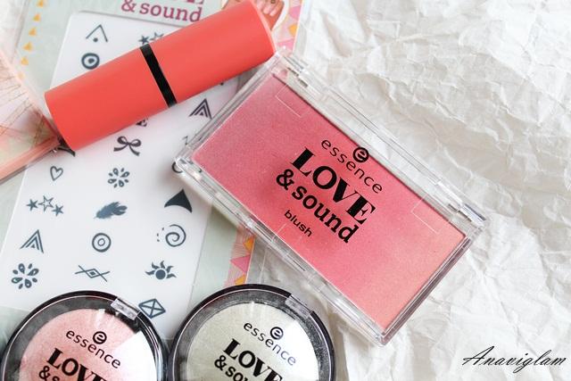 Essence Love&Sound blush 1