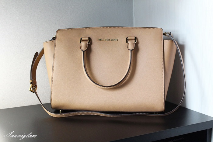Michael Kors Selma bag purse