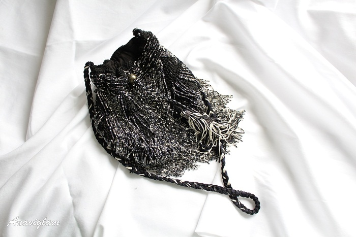 14-zara-black-pearls-bag