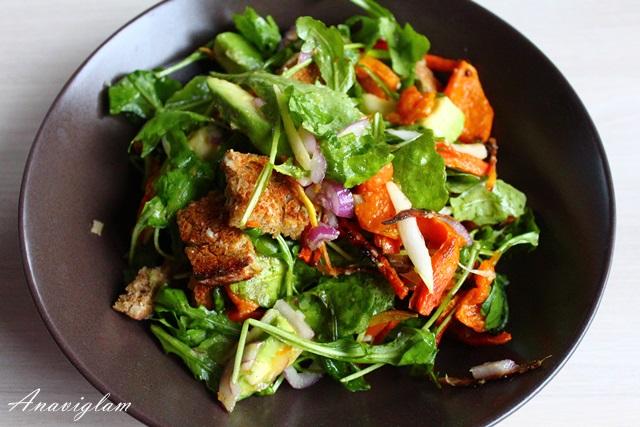 Salata s avokadom