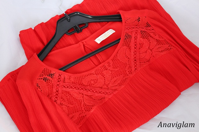 Pull&Bear Basic Top With Embroidered Front in red 1