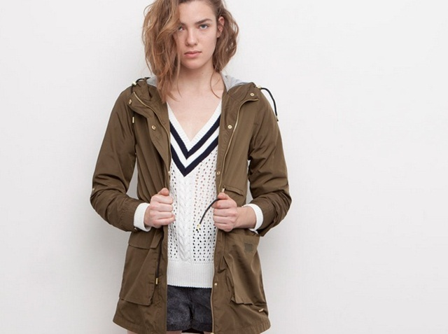 Pull&Bear Hooded Nylon Parka with Drawstring Waist