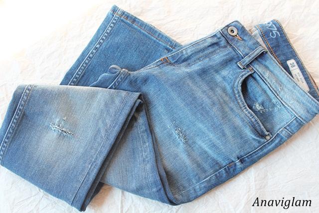 Zara Light wash ripped mid-rise skinny jeans 1