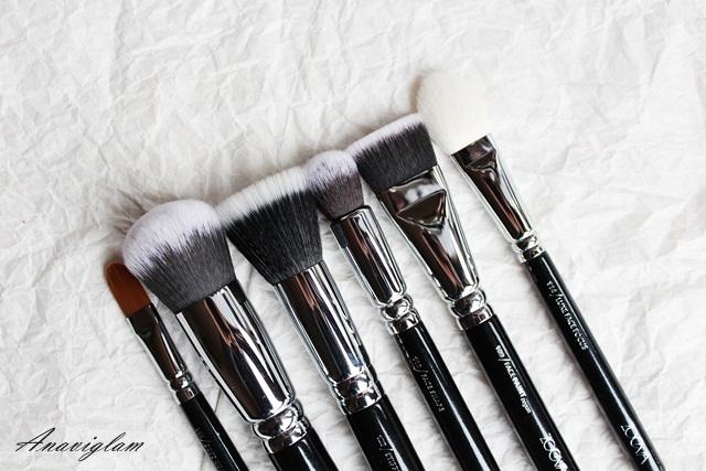 Zoeva Face brushes