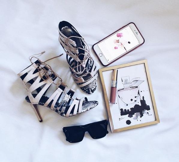 Anaviglam beauty blogger