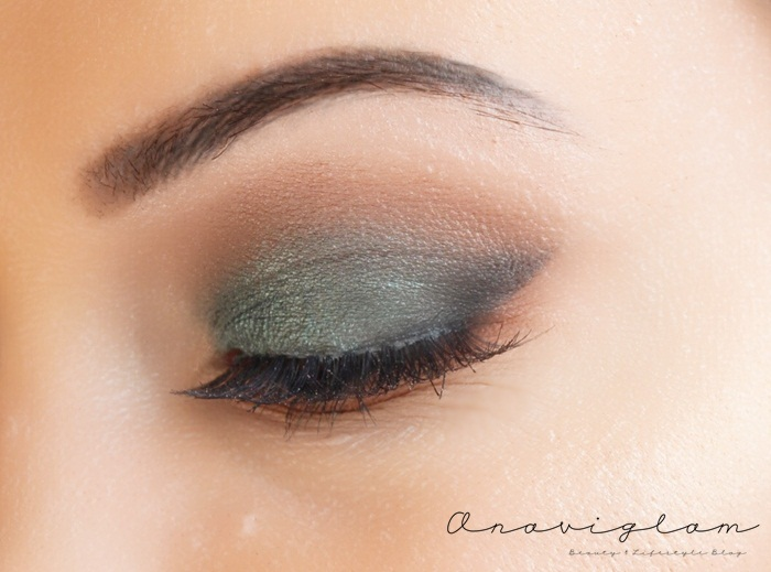 4-green-smokey-eyes-look